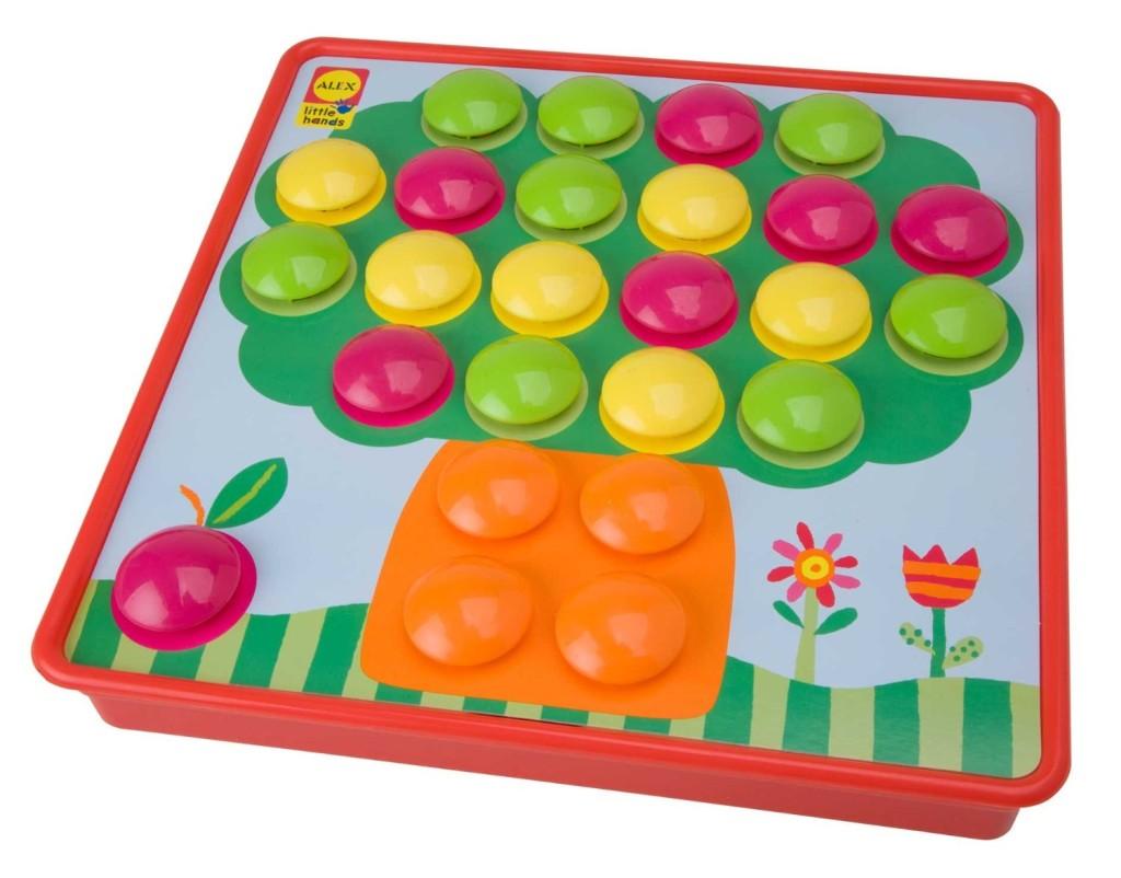 alex toy button art