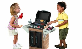 little tikes get out n' grill kitchen playset