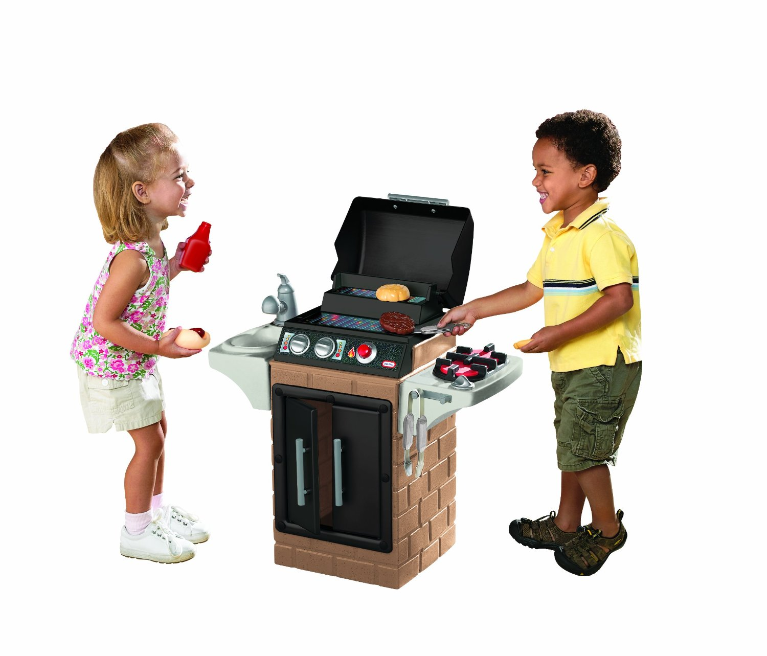Little tikes get out n grill kitchen set review hot for Little kitchen set