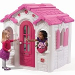 sweetheart outdoor playhouse