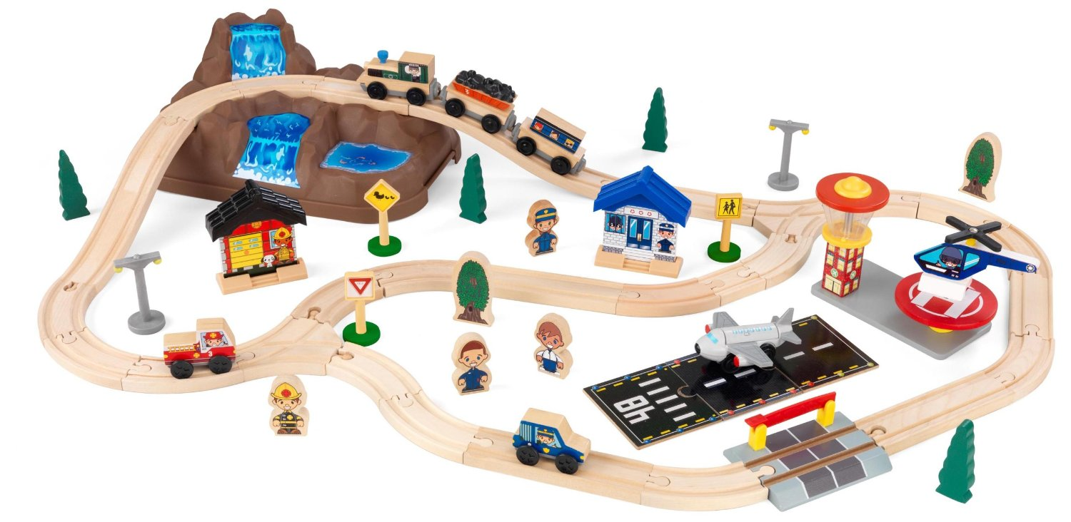 best train sets for kids what are the options. Black Bedroom Furniture Sets. Home Design Ideas