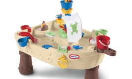 Little Tikes Anchor Away Pirate Ship Water Table